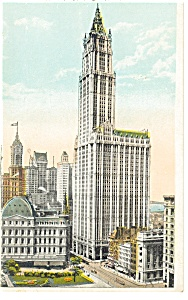 New York City Woolworth Building Postcard p8296 (Image1)