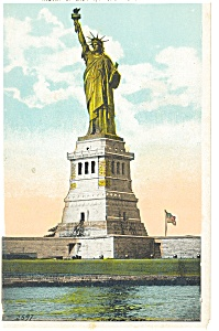 New York City Statue of Liberty Postcard p8297 (Image1)