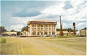The Virginian Motel Medicine Bow  WY Postcard p8878 (Image1)