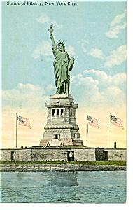 New York Harbor Statue of Liberty Postcard p9281 (Image1)