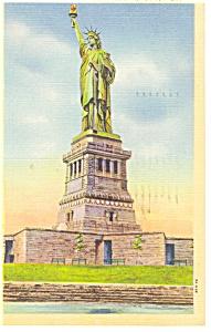 Statue of Liberty New York NY Postcard p9561 (Image1)