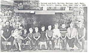 Interesting Family Portrait, with ten children 1969 (Image1)