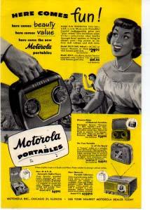 Motorola Portable Radio Ad 1940s (Image1)