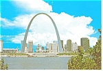 Click here to enlarge image and see more about item cs0217: Gateway To The West, St Louis, MO Postcard