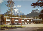 Click here to enlarge image and see more about item cs7975: Lake Louise, Alberta, Canada, Mountaineer Motel