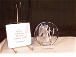 Click here to enlarge image and see more about item d1129: 1981 Christmas Sculpture In Crystal