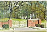 Click here to enlarge image and see more about item n0444: Graceland TN Elvis Presley Home Entrance Postcard n0444