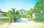 Deluxe Motel,Holly Hill, Florida Postcard 1962