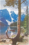 Click here to enlarge image and see more about item p0264: Moraine Lake, Banff National Park Postcard
