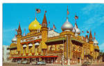 Click here to enlarge image and see more about item p30924: Corn Palace, Mitchell, South Dakota
