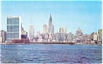 Click here to enlarge image and see more about item p4424: United Nations Building New York City Postcard