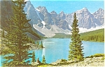 Click here to enlarge image and see more about item p4547: Moraine Lake Canada Postcard p4547