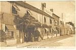 Click here to enlarge image and see more about item p4792: Barbizon Hotel de la Clef d'Or Postcard