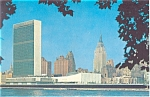 Click here to enlarge image and see more about item p5332: United Nations Headquarters New York City East River Postcard p5332