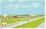Perrysburg OH Holiday Inn Postcard p7309  Vintage Car