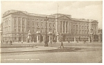 Click here to enlarge image and see more about item p9166: London, England Buckingham Palace Postcard