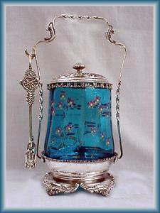 BEAUTIFUL ENAMELED  BLUE PICKLE CASTOR (Image1)