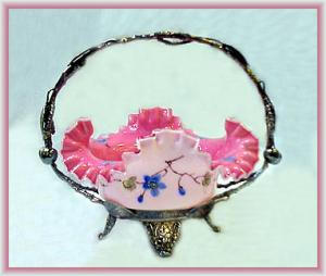 BEAUTIFUL ENAMELED PINK CASED BRIDES BASKET (Image1)