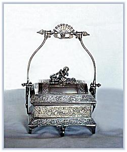 VICTORIAN SILVERPLATE JEWELERY CASKET CHERUB (Image1)