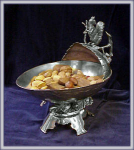 FIGURAL SQUIRREL NUT BOWL LARGE ALMOND BOWL