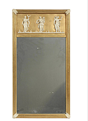 Early 20th Century Giltwood Neoclassical Wall Hanging M (Image1)