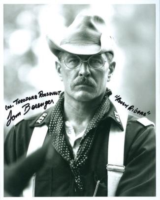 Autograph, Tom Berenger (Image1)