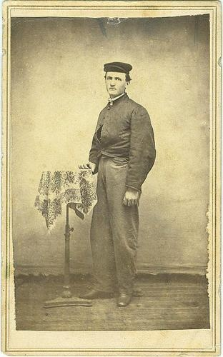 CDV Confederate Soldier (Image1)