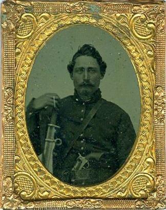 Tintype, Double Armed Yankee Cavalryman (Image1)