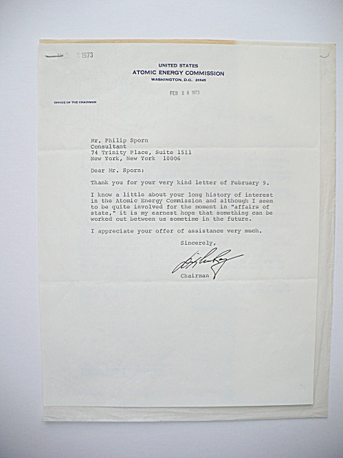 1973 DIXY LEE RAY ATOMIC ENERGY COMMISSION CHAIRWOMAN AUTOGRAPHED LETTER (Image1)