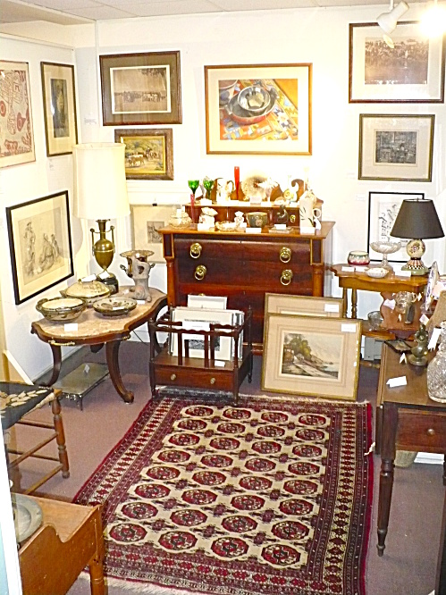 WINDHAM ANTIQUES TABLES CHESTS APPRAISAL VALUATION SERVICES (Image1)
