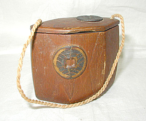 JAPANESE TONKOTSU INRO TOBACCO CONTAINER (Image1)