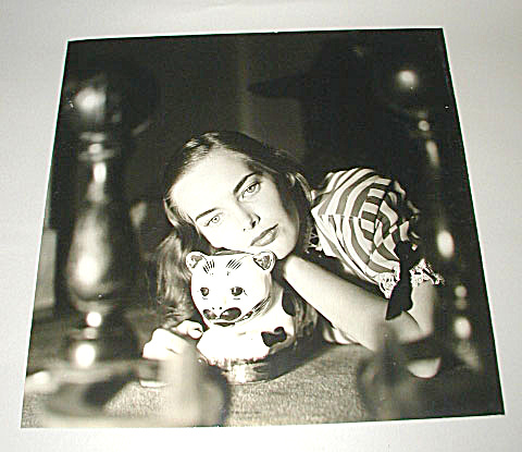 VINTAGE PHOTOGRAPH BY KAY BELL REYNAL (Image1)